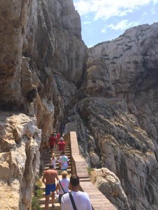 Der Aufstieg von der Grotte