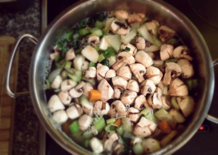 Herbstsuppe kochen
