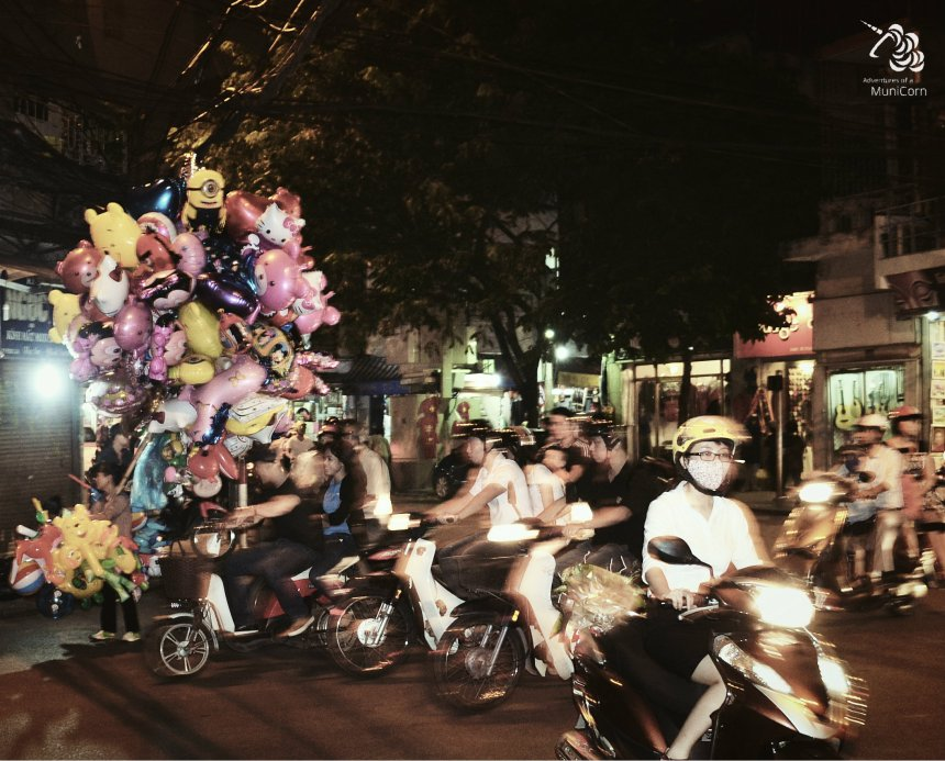 street of hanoi by night