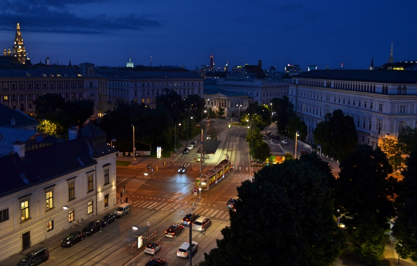 vienna sunset rooftopbar 25hours hotel