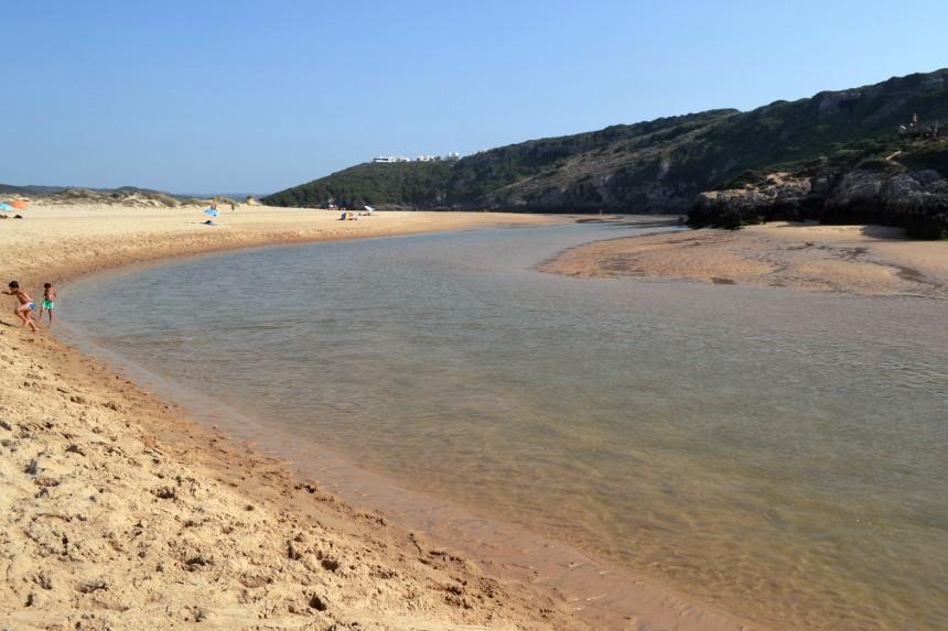 praia-do-amoreira-beach-aljezur