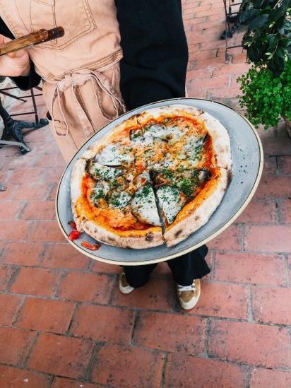 Pizza vegan toskana agrivilla i pini